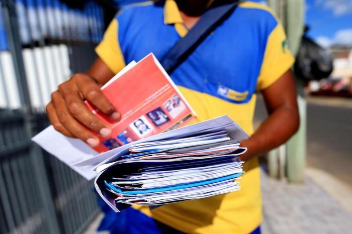 Governo oficializa privatização dos Correios, Eletrobras e mais 15; confira a lista